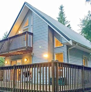 Holiday Home 58Mbr - Great Wraparound Porch! photos Exterior