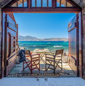 Neosikos Amazing Beach House In Milos Island photos Exterior
