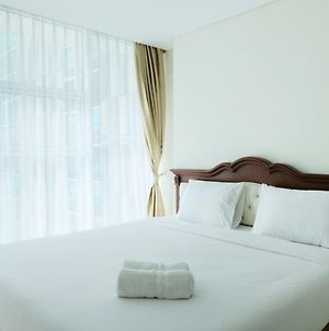 Best Price 1Br Brooklyn Apartment Near Gading Serpong By Travelio photos Exterior