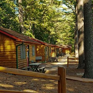 Log Cabins At Meadowbrook Resort photos Exterior