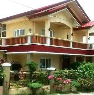 Tagaytay Vacation House photos Exterior