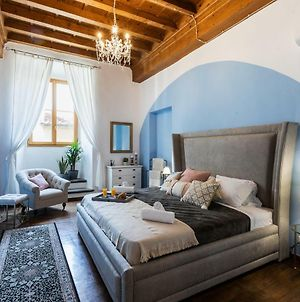 Historic Center Palace - Huge 4 Bedrooms Santa Croce Apartment Apartment - Ac In All Rooms photos Exterior