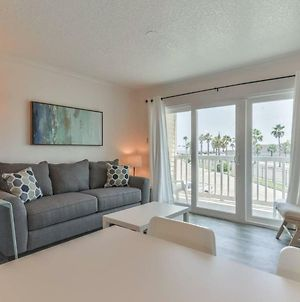 Oceanfront Condo With Pool! photos Exterior