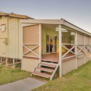 Exmouth Villas Unit 30 - Large Undercover Deck For Entertaining photos Exterior