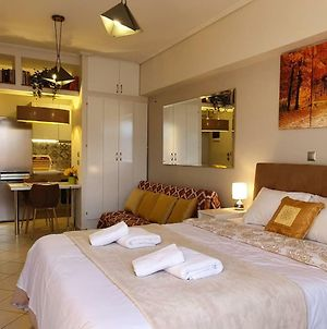 Cozy Luxury Apartment In The Heart Of Athens 8-1 photos Exterior