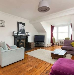 Traditional 4 Bedroom Flat In The Heart Of Edinburgh photos Exterior