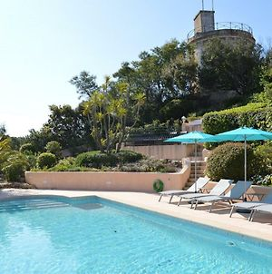 Bright Villa In Sainte Maxime With Private Pool photos Exterior