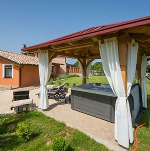 Cozy Holiday Home In Vodnjan With Jacuzzi photos Exterior