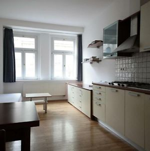 New And Fully Equipped Apartement Plzenska 26 photos Exterior
