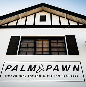 Palm And Pawn Motor Inn photos Exterior