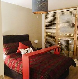 Deluxe Double Room In Modern B&B Apartment, Close To Rds & Dublin Centre photos Exterior