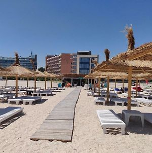 Mamaia Beach Side photos Exterior