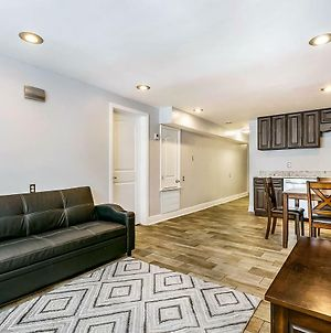 Lovely 2Br Next To City Park By Hosteeva photos Exterior