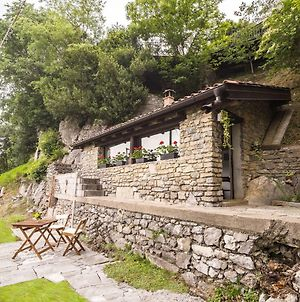 Cozy Holiday Home In Italian Lakes Lombardy With Garden photos Exterior