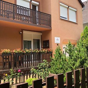 Family 2 Rooms Apartment photos Exterior