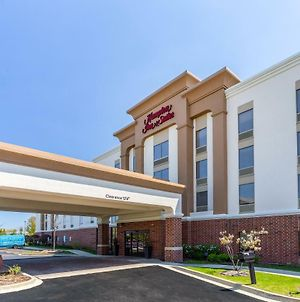 Hampton Inn & Suites Chicago - Libertyville photos Exterior