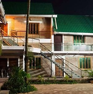 Sampan Beach Resort photos Exterior