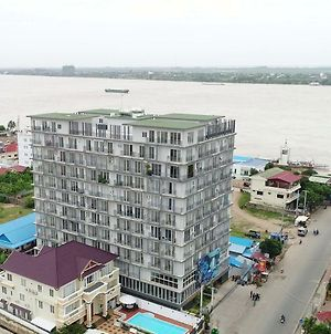 Mekong View Service Apartment 3 photos Exterior