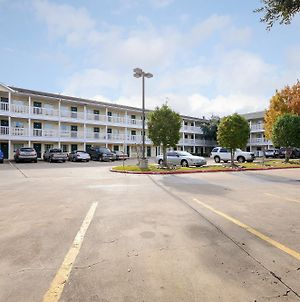 Intown Suites Extended Stay Houston Stafford photos Exterior