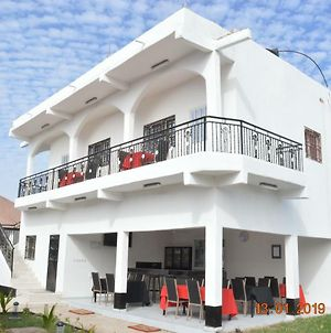 Sukuta Nema Guest House photos Exterior