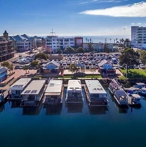 Mandurah Houseboats Driving Not Permitted photos Exterior