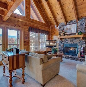 Chalet Of Dreams, 2 Bedrooms, Sleeps 6, Pool Table, Wifi, Hot Tub, Mtn View photos Exterior