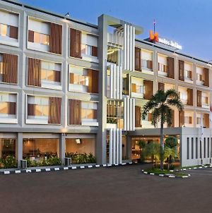 Swiss-Belinn Cibitung photos Exterior
