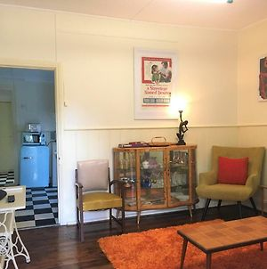 Retro Fifties In Renovated Miners Cottage! photos Exterior