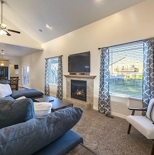 Family Fun Property Between Bear Lake Marina And Raspberry Square, Multiple Game Rooms, Sleeps 32, A photos Exterior