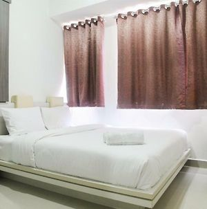 1Br With Working Space The Oasis Cikarang By Travelio photos Exterior