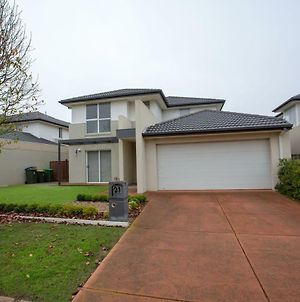 Superb Luxe 5Br House@Point Cook Near Lake photos Exterior