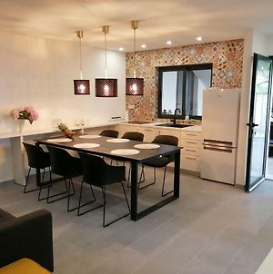 Ctpo299-Luxuriously Equipped Apartment For 5 1 Person photos Exterior