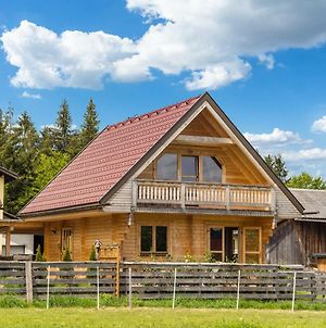 Cosy Holiday Home In Finkenstein Near Lake photos Exterior