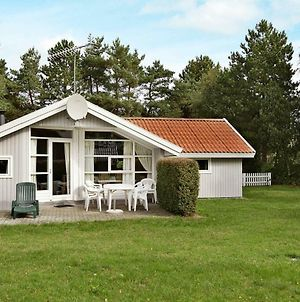 Three-Bedroom Holiday Home In Rodby 17 photos Exterior