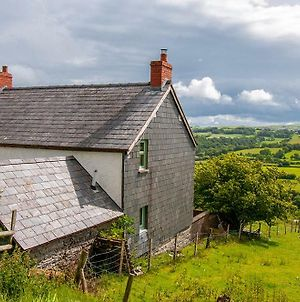 Priddbwll, Great Countryside Location In Denbigshire photos Exterior