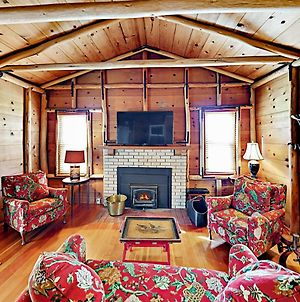 The Chalet: All-Suite 2Br, Nestled On 1,700 Acres Home photos Exterior