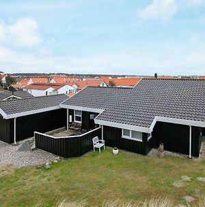 Three-Bedroom Holiday Home In Blokhus 1 photos Exterior