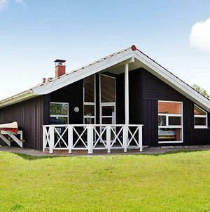 Four-Bedroom Holiday Home In Otterndorf 2 photos Exterior