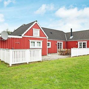 Three-Bedroom Holiday Home In Vejby 4 photos Exterior