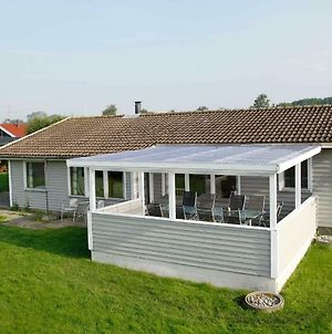 Three-Bedroom Holiday Home In Juelsminde 3 photos Exterior