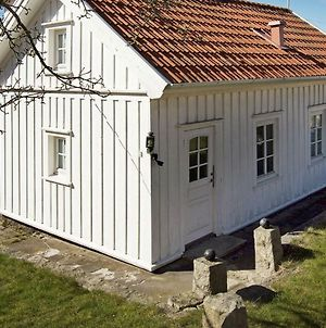 Two-Bedroom Holiday Home In Stromstad 2 photos Exterior