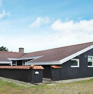 Five Bedroom Holiday Home In Blavand 19 photos Exterior