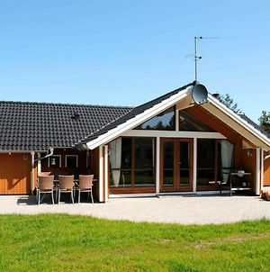 Four Bedroom Holiday Home In Ulfborg 1 photos Exterior