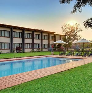 Protea Hotel By Marriott Chipata photos Exterior