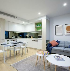 103*Brand New Central Located Box Hill Apt photos Exterior