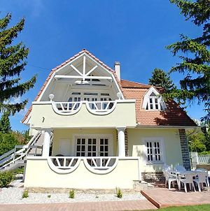 Balaton Apartman Fured photos Exterior