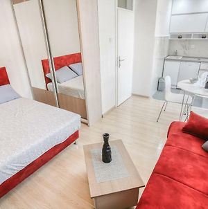 Clean And Cozy Studio Close To Beach And Old Town Budva photos Exterior