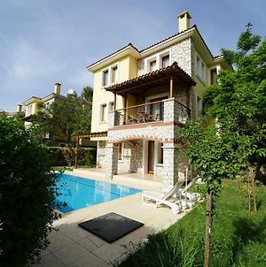Villa Perdikia - 4 Bedroom Holiday Villa For Rent In Oludeniz photos Exterior