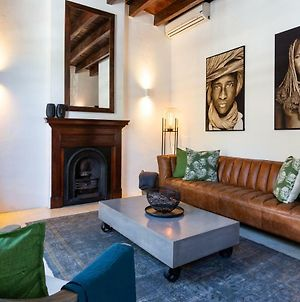 Cape Town, Stylish Apartment, Private Courtyard photos Exterior