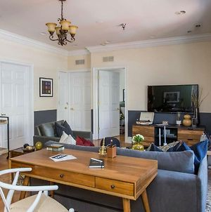 Central 2Br Apt Near Independence Hall By Domio photos Exterior